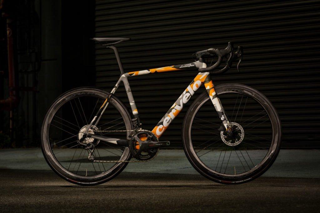 Lamborghini представил лимитированную серию велосипедов R5