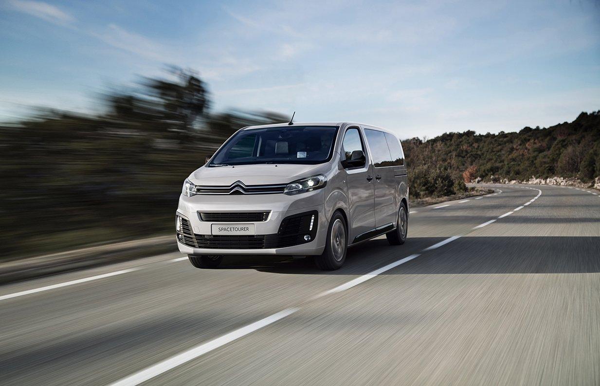 Peugeot и Citroёn представляют новую комбинацию силовой линии для микроавтобусов