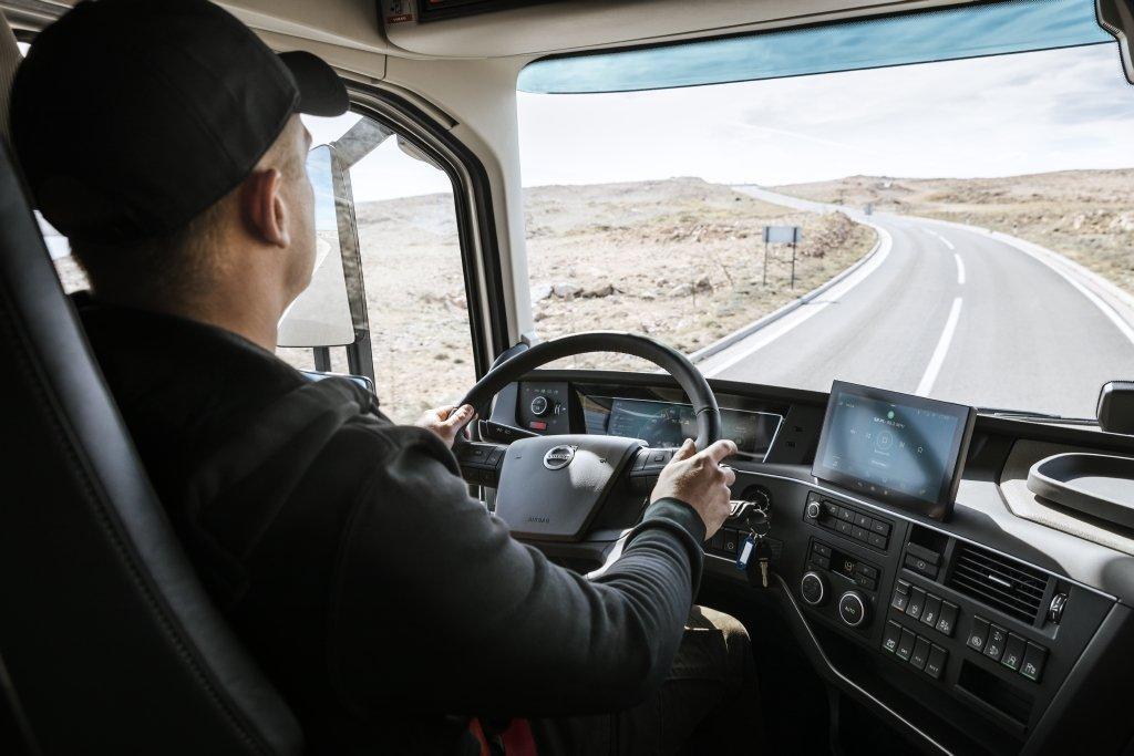 Volvo Trucks объявила о начале продаж своей новой модельной гаммы