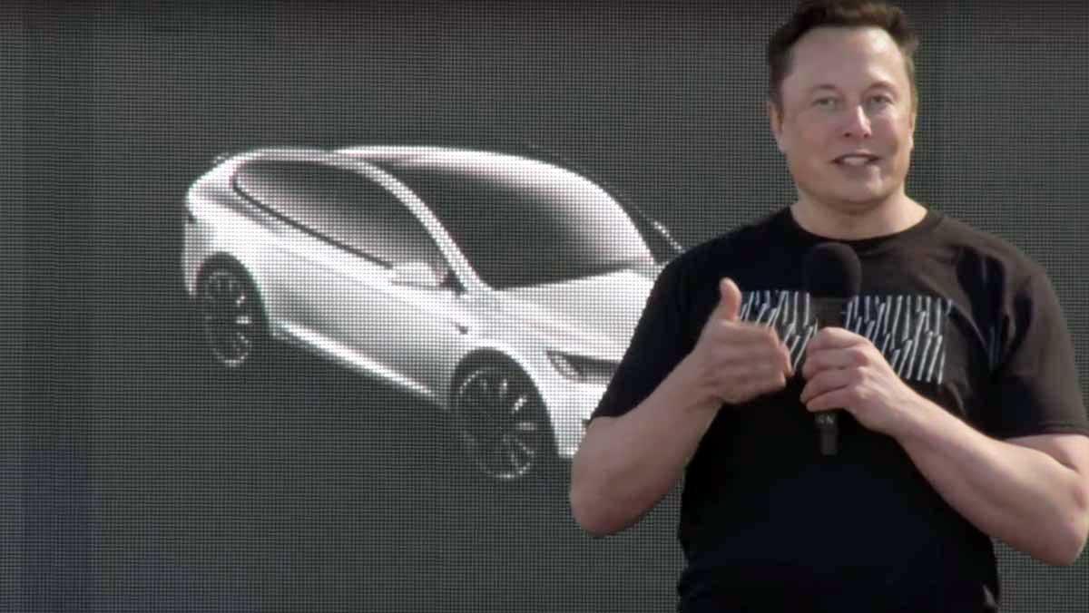 Акции Tesla рухнули после выступления Илона Маска
