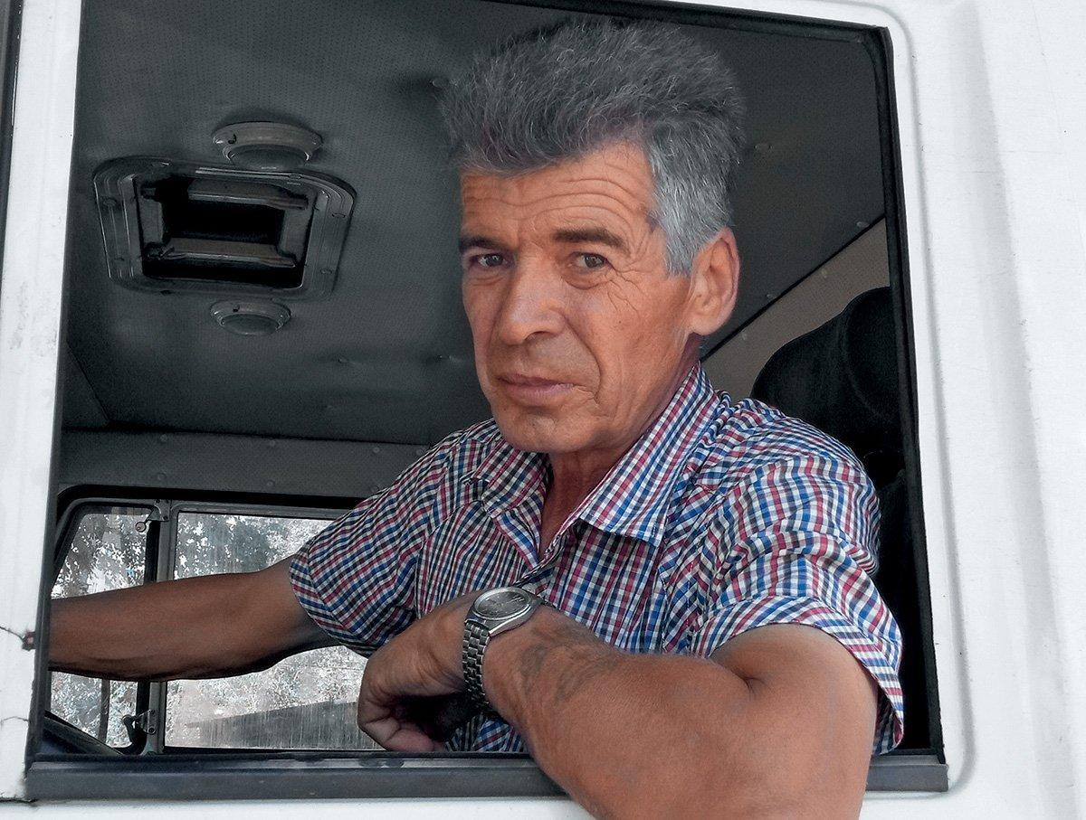 Машины для дорожной разметки: какая техника делает российские дороги безопаснее
