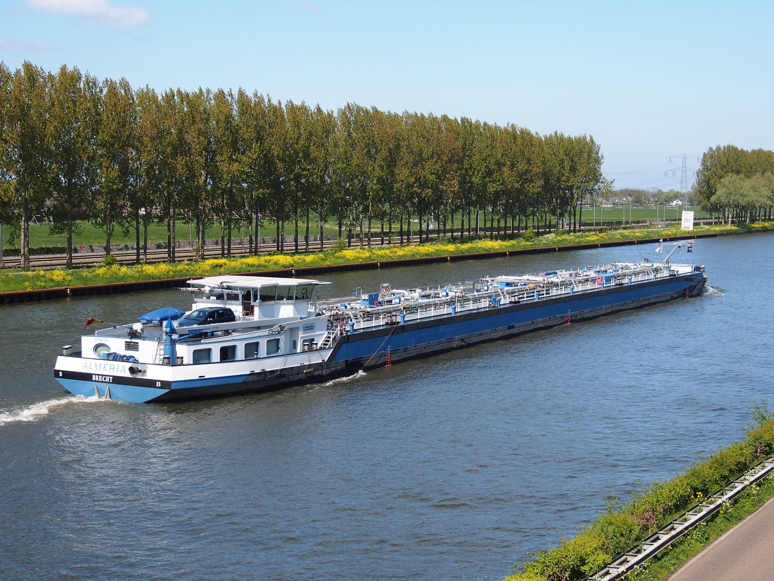 Аналог дорожного нацпроекта может появиться для водного транспорта