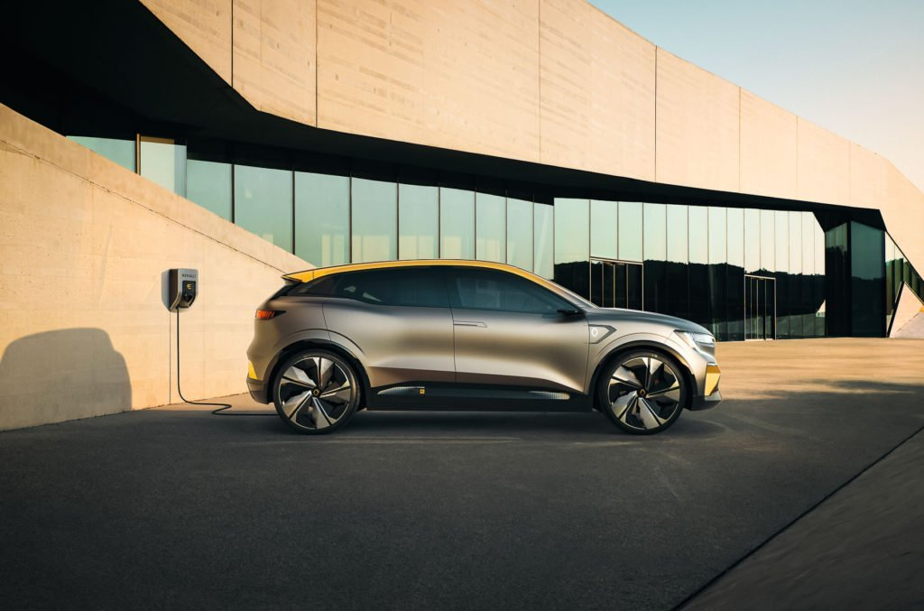Renault представил концепт будущего электрохэтчбека Megane