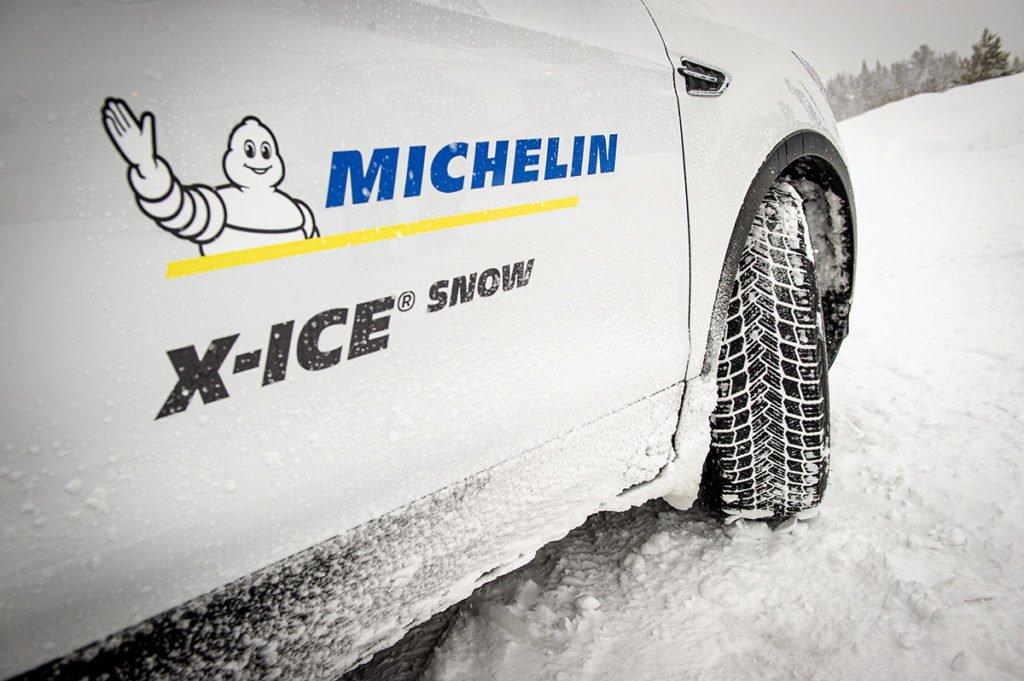 Проверил нешипованные зимние шины Michelin X-Ice Snow на снегу и льду: рассказываю, в чем их преимущество