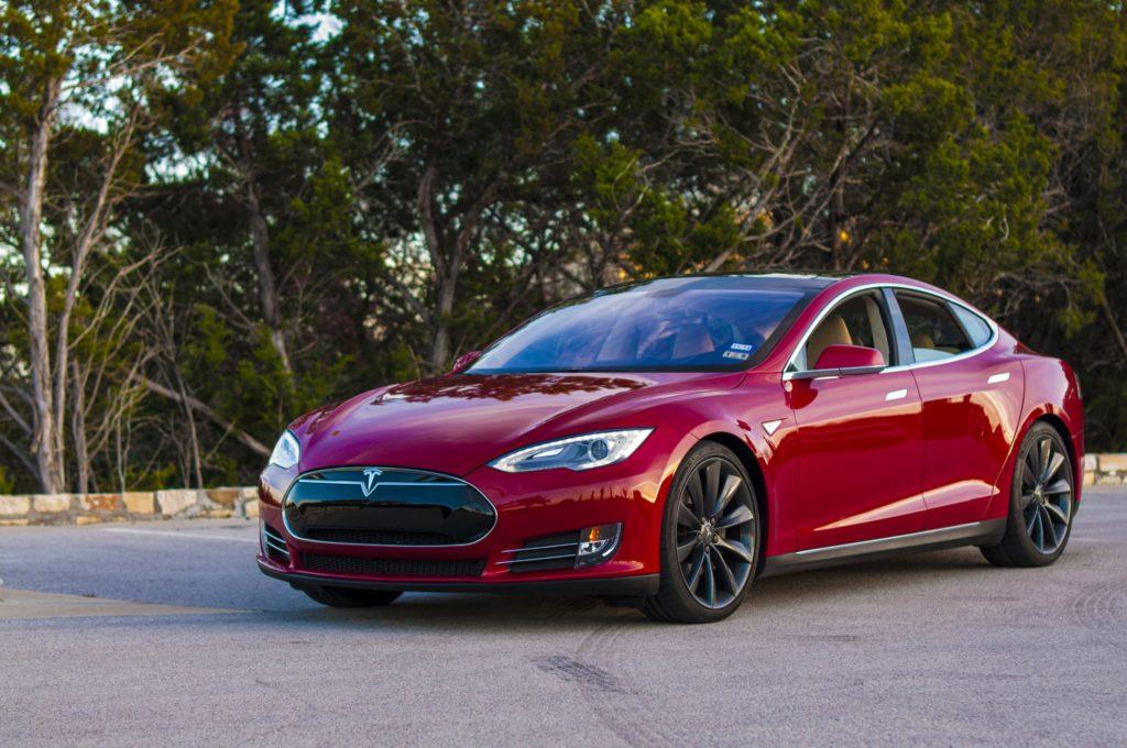 Tesla покупает немецкого производителя аккумуляторов