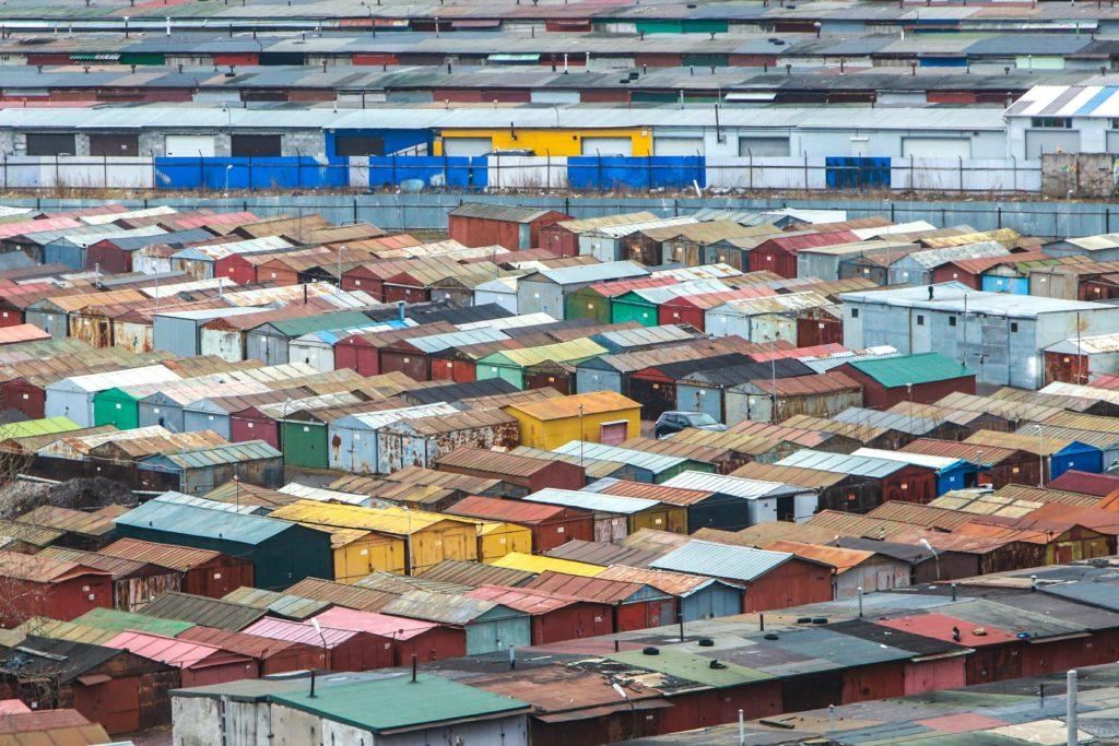 В России увеличился спрос на гаражи и машино-места
