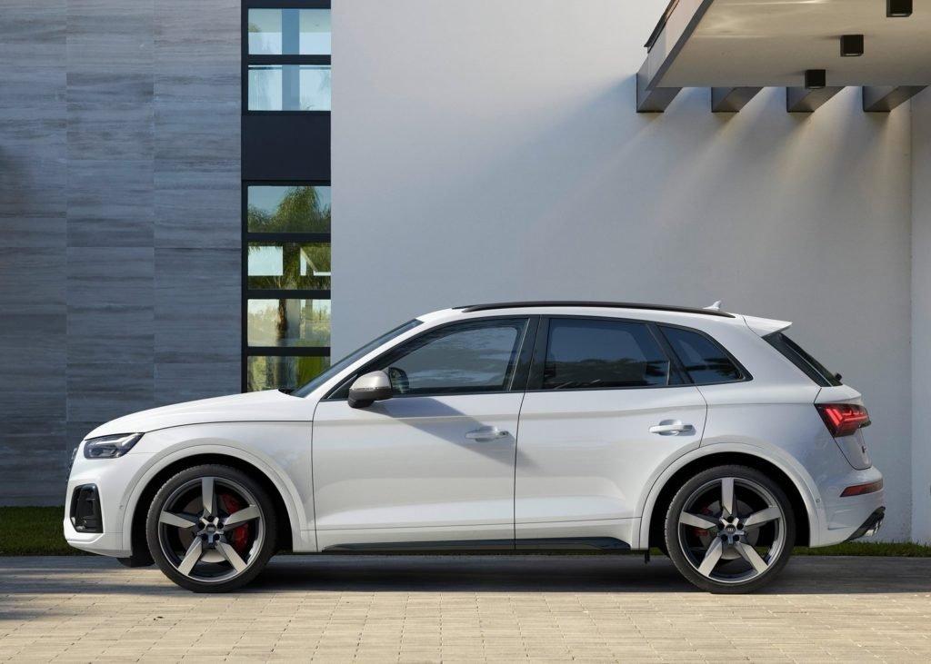 Audi представил дизельный кроссовер SQ5
