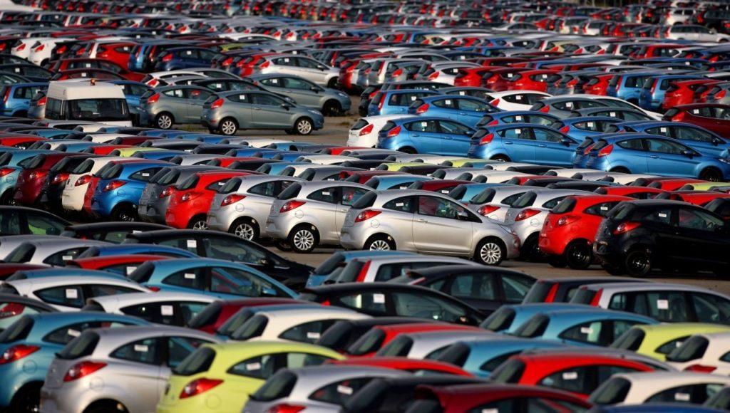 Стало известно, сколько россиянам придётся копить на автомобиль