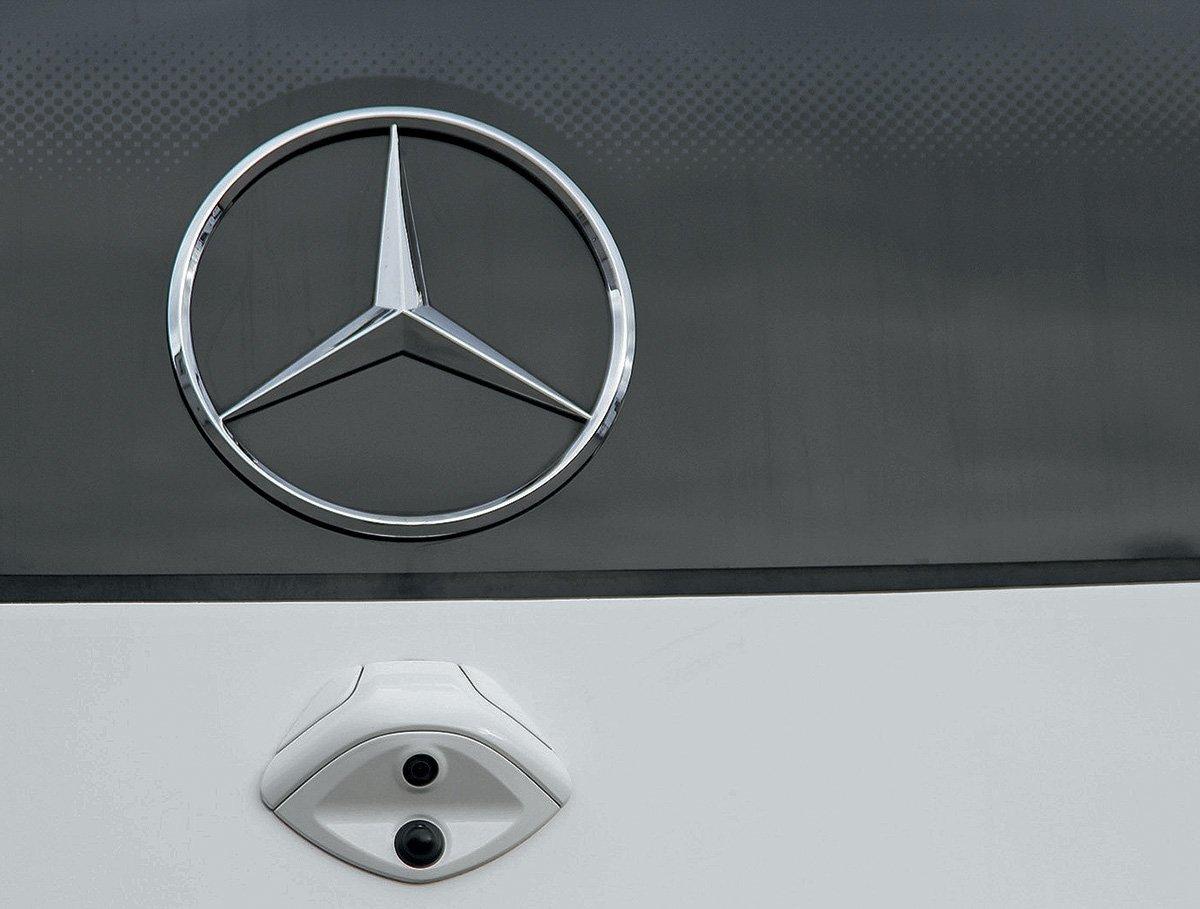 Mercedes-Benz Tourismo RHD: посмотрел новый немецкий автобус за 26 млн рублей – рассказываю, чем он меня удивил