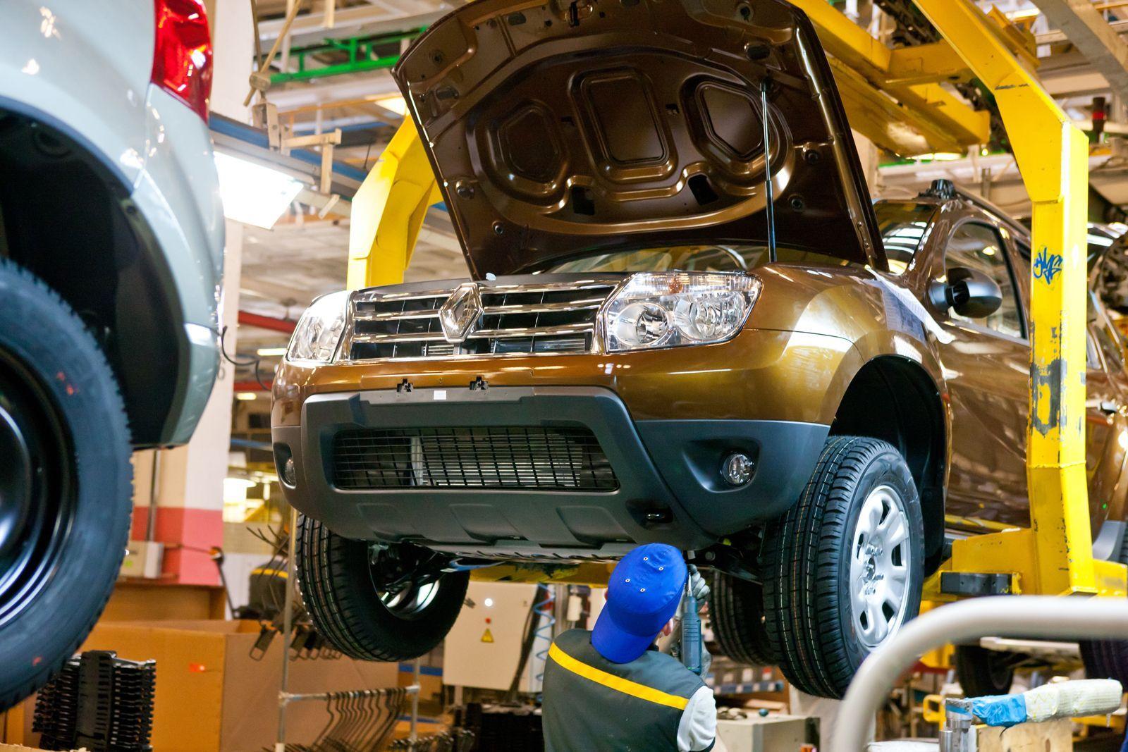 Renault опубликовал первое изображение нового Duster для России