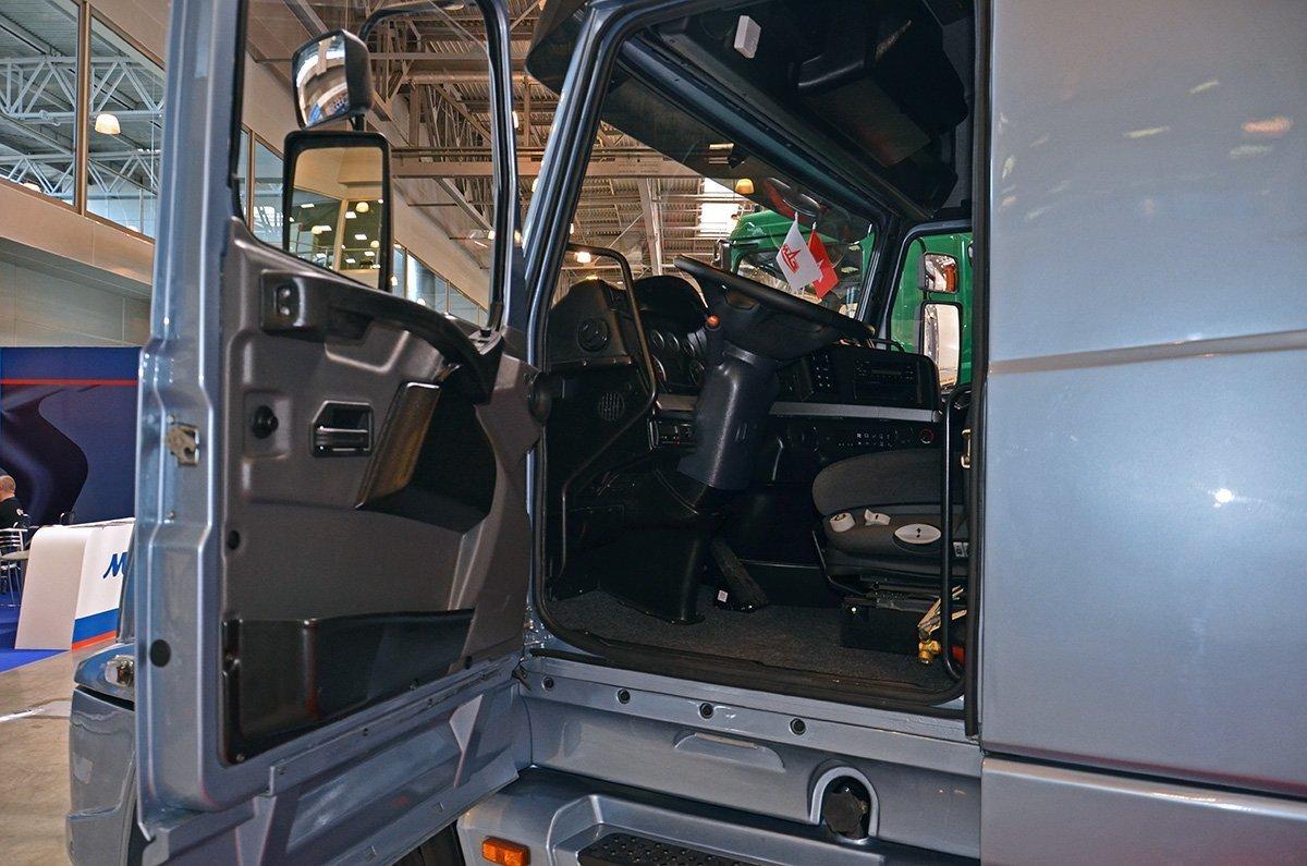 МАЗ-6440РА: уникальный «американский» тягач из Белоруссии. Показываю, что внутри