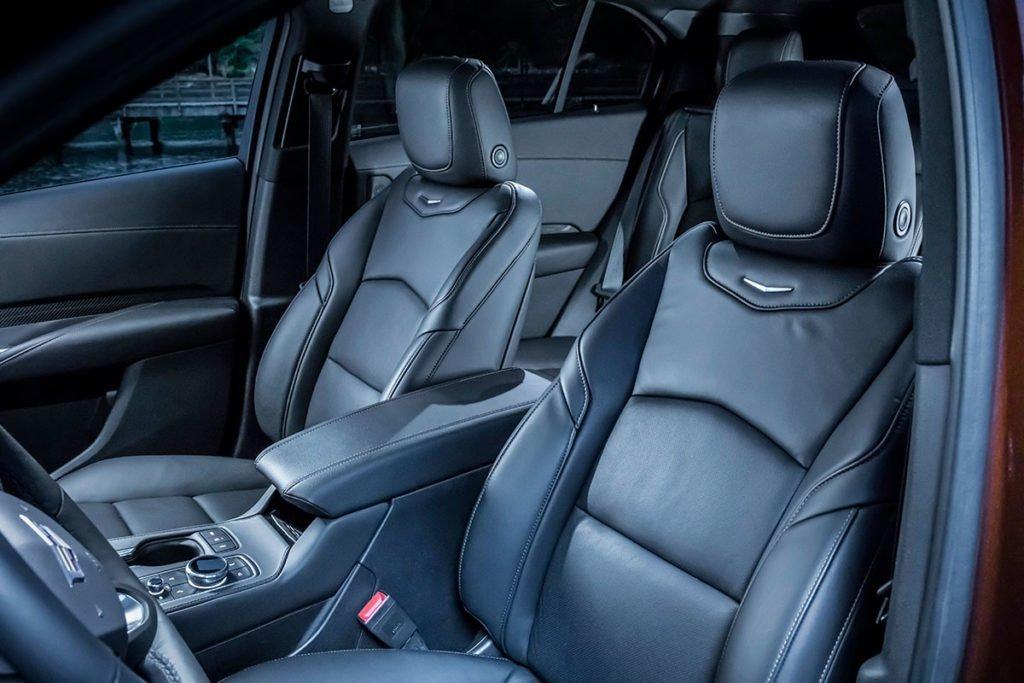 Cadillac XT4. Маленький, дизельный… Тест самого необычного кроссовера «Кадиллак»