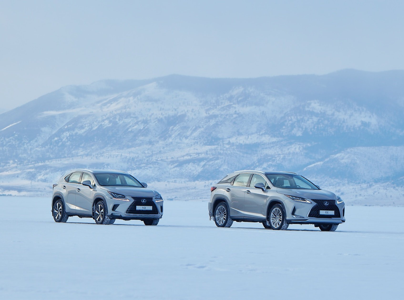 Кроссоверы Lexus стали доступнее в кредит