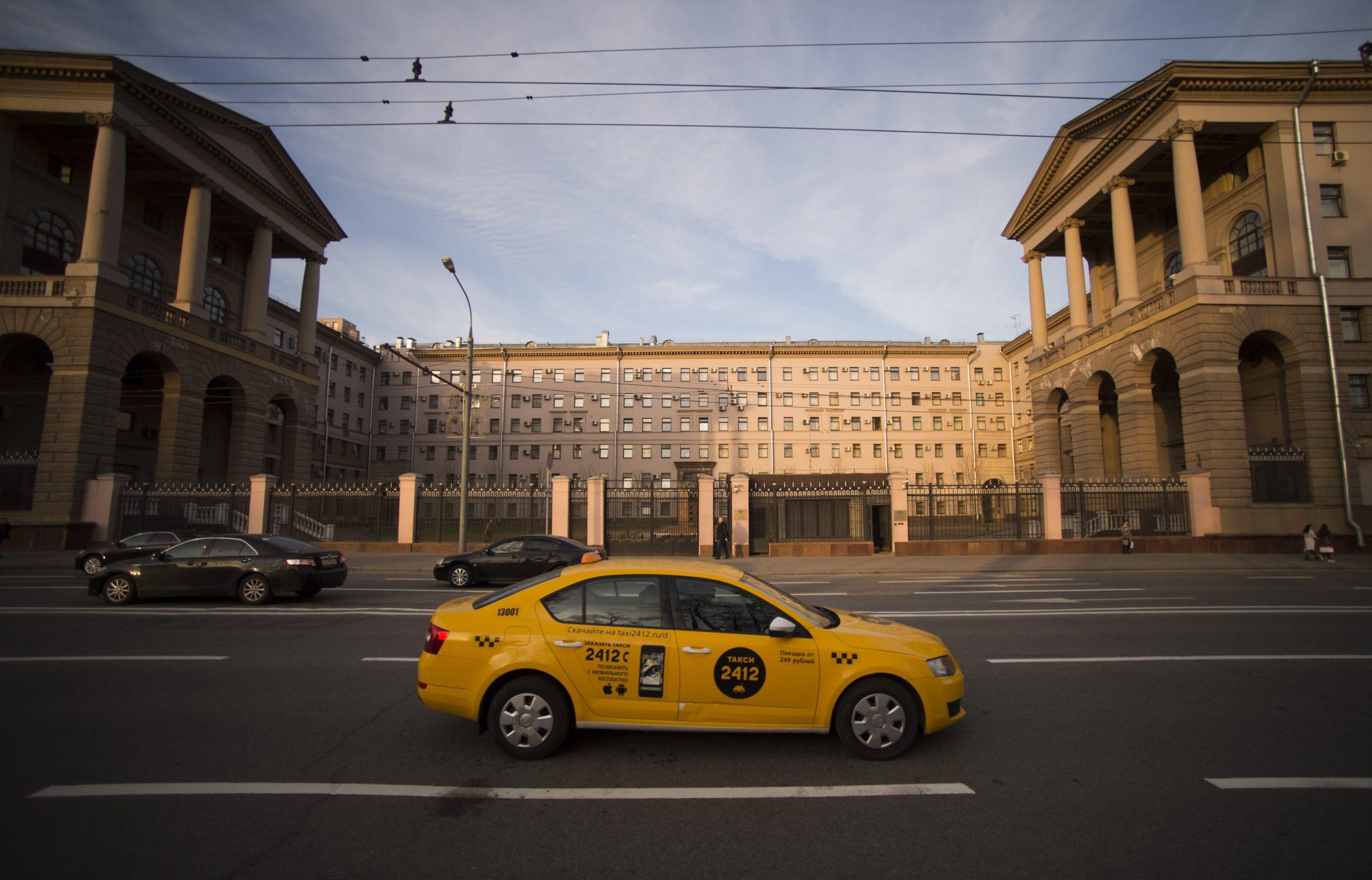Столичные власти намерены ужесточить требования к водителям такси