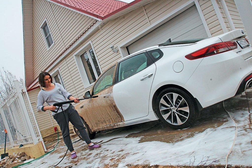 Почему не нужно мыть машину зимой