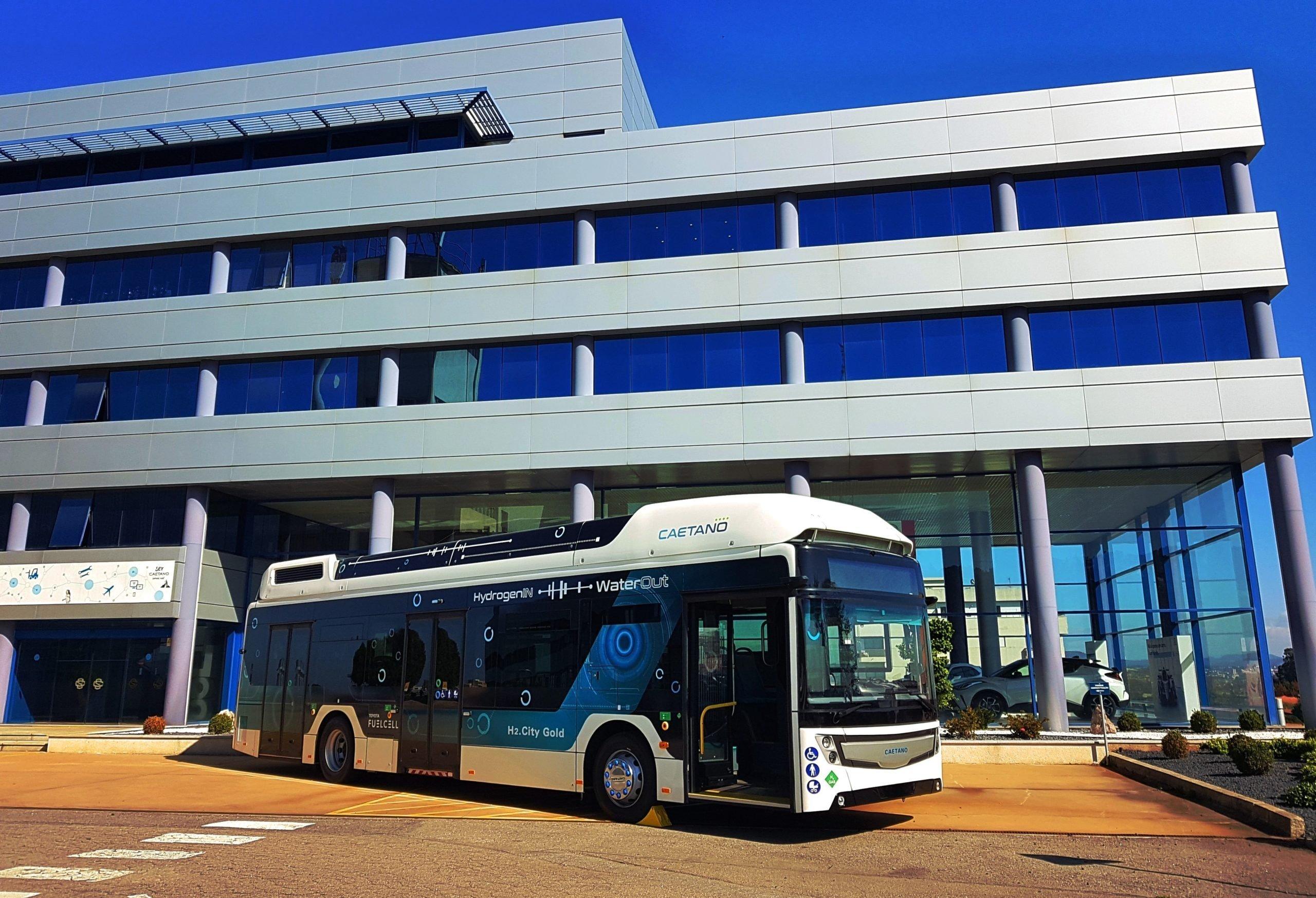 Toyota прирастёт водородными автобусами