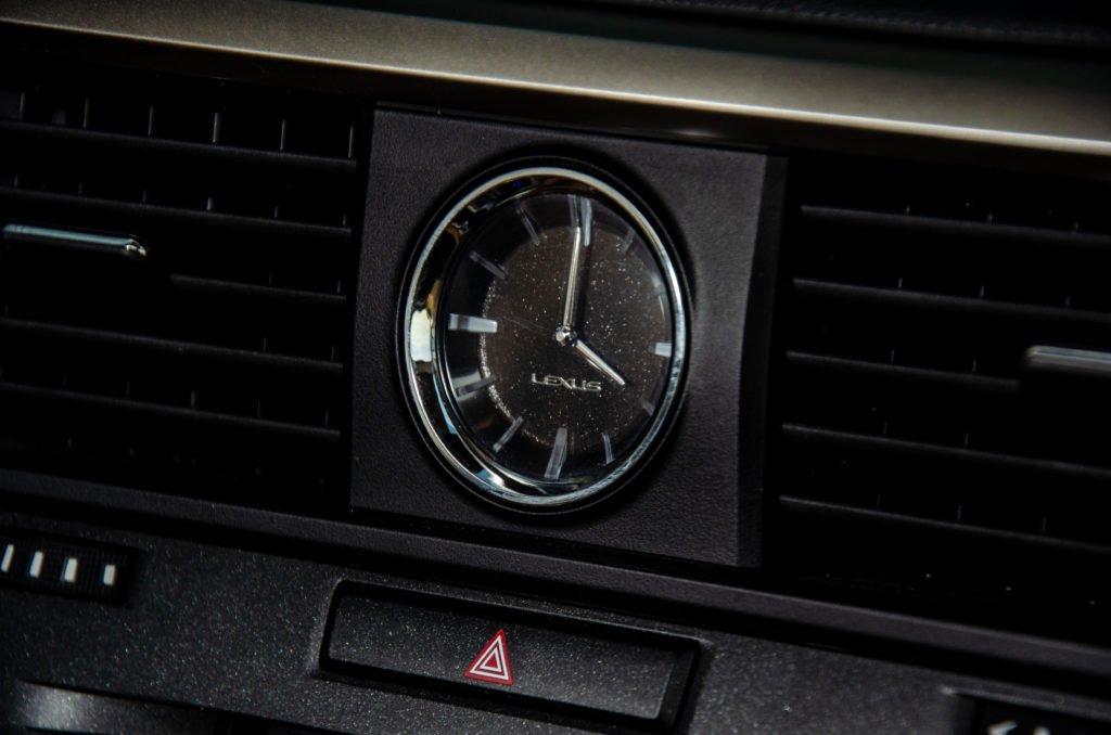 Провёл месяц за рулем Lexus RX 450h: делюсь впечатлениями