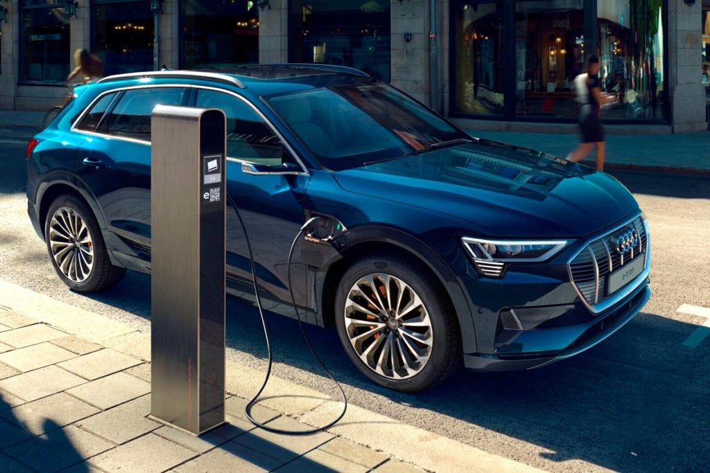 Audi решил отказаться от автомобилей с ДВС