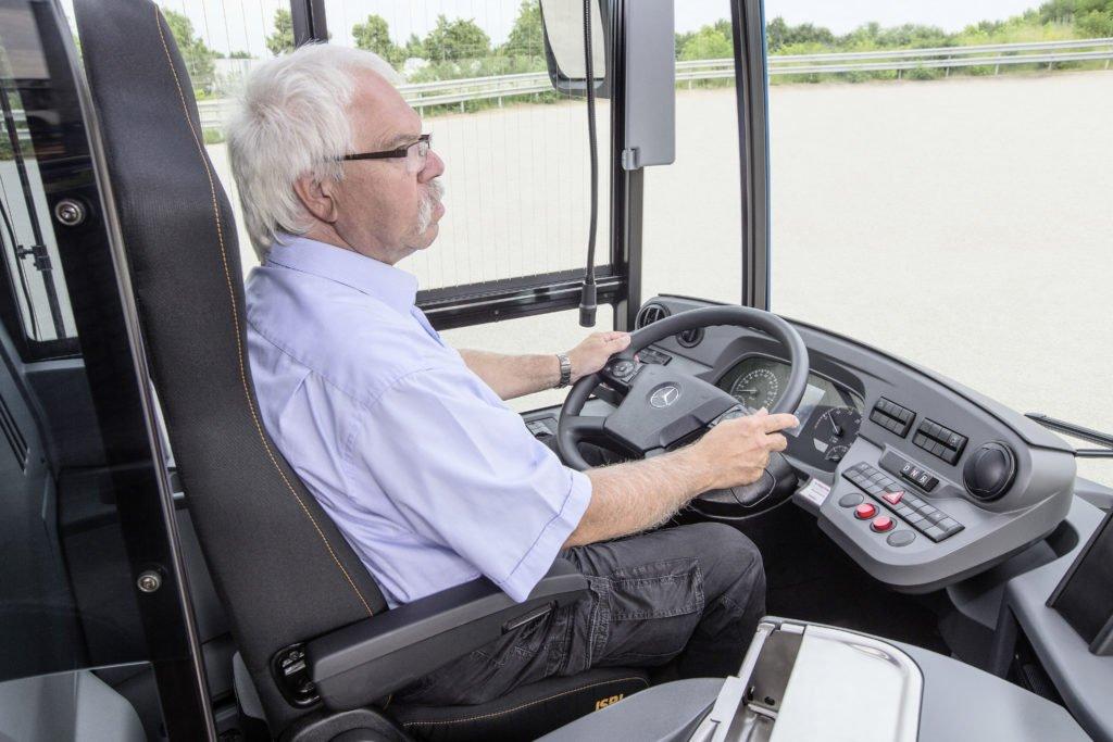 Операция «проводник»: электробусы Mercedes-Benz eCitaro получат твердотельные аккумуляторы