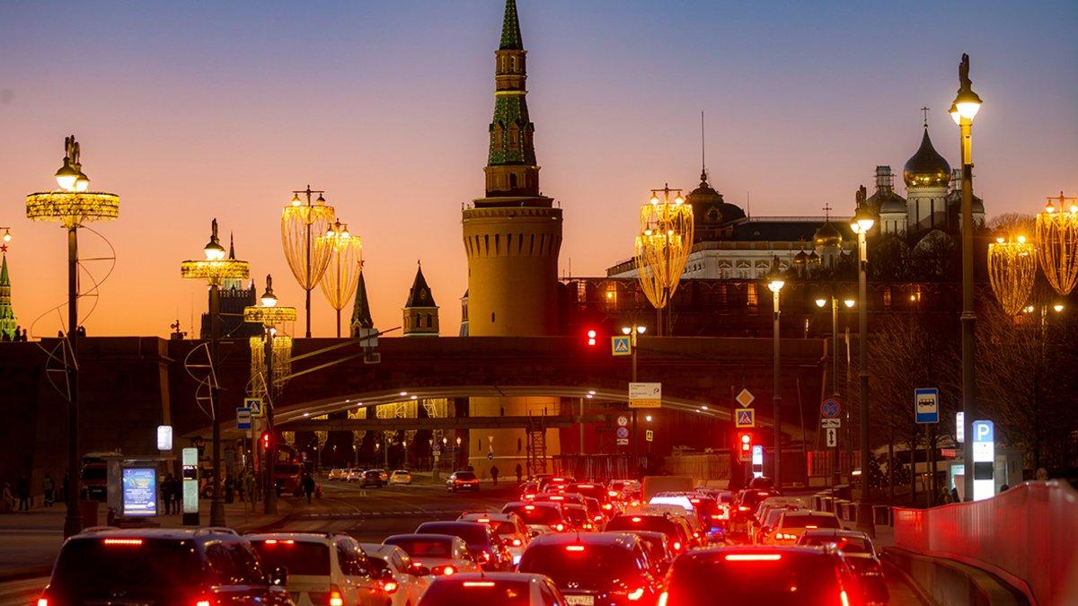 «Синие ведерки»  поздравили Максима Ликсутова с новой победой