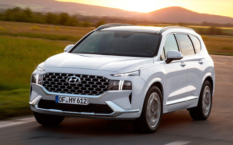 Стало известно, с какими моторами новый Hyundai Santa Fe приедет в Россию
