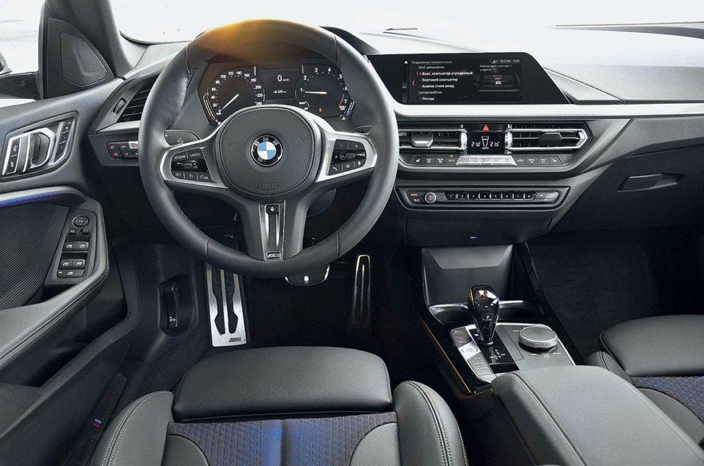 BMW 2 Series Gran Coupe против Volkswagen Jetta. Что взять: самый дешёвый «Гран Купе» или «Джетту» на максималках?