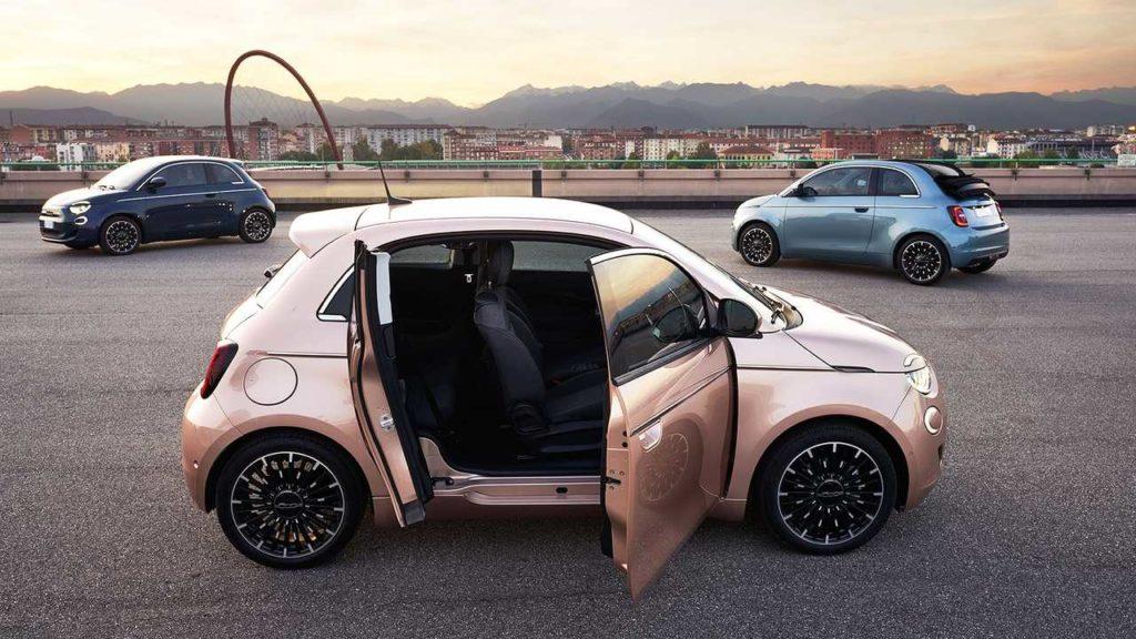 Объявлены финалисты конкурса «Автомобиль года 2021»