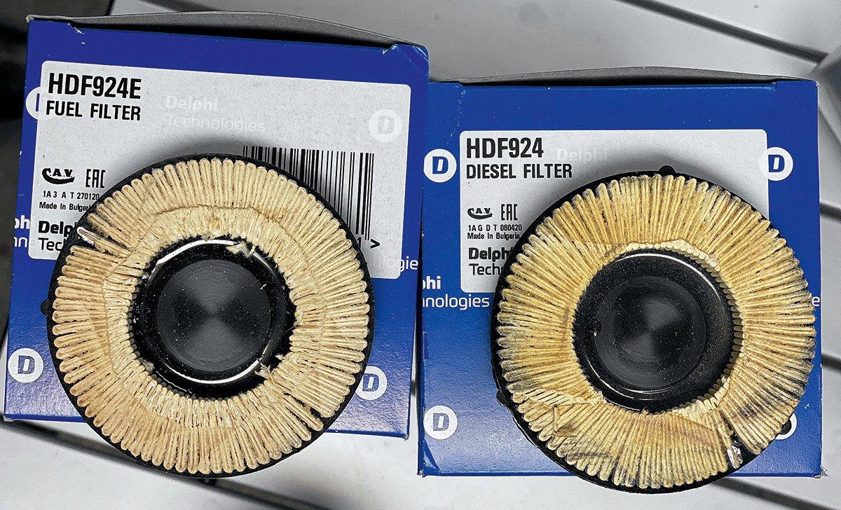 Разрезал топливные фильтры Delphi – дешевле и дороже. Показываю, что внутри