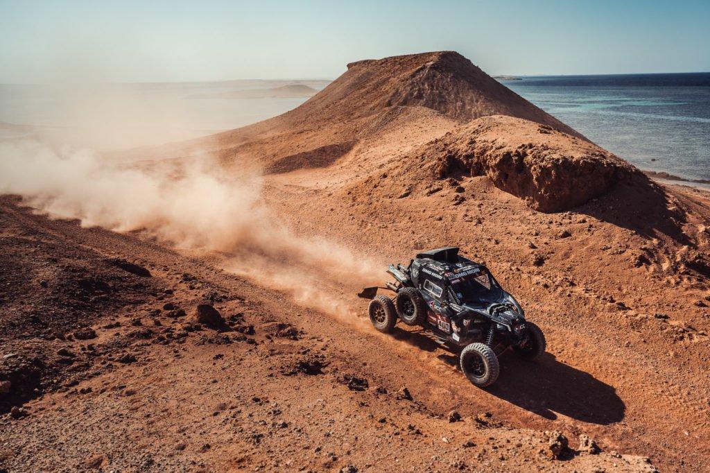 Сергей Карякин и Антон Власюк заняли 16 место на ралли Dakar 2021