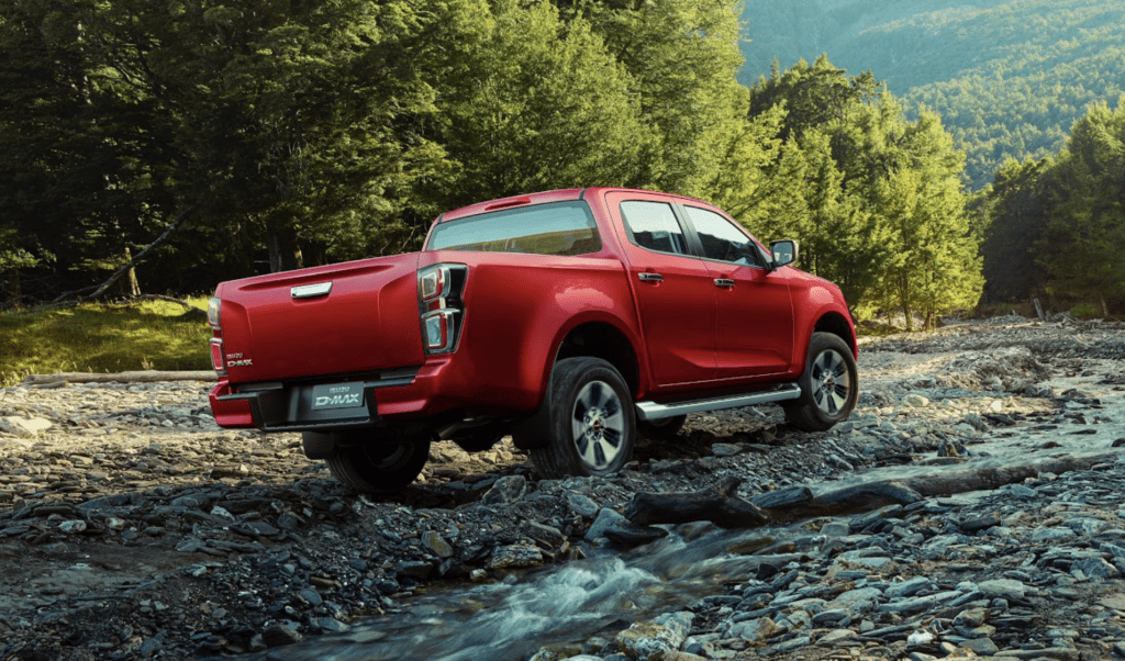 Новейший пикап Isuzu D-Max готов к старту продаж в России