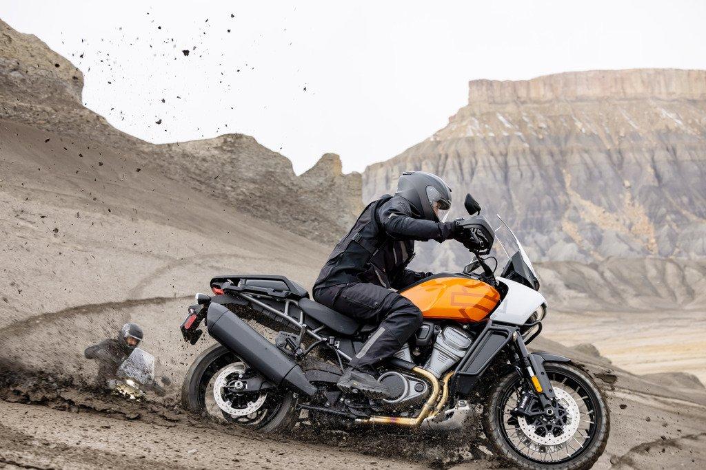Harley-Davidson открывает новые горизонты с новым Pan America.