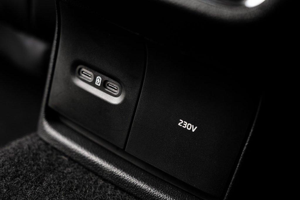 Как едет новая Skoda Octavia с автоматом: первые впечатления неоднозначные