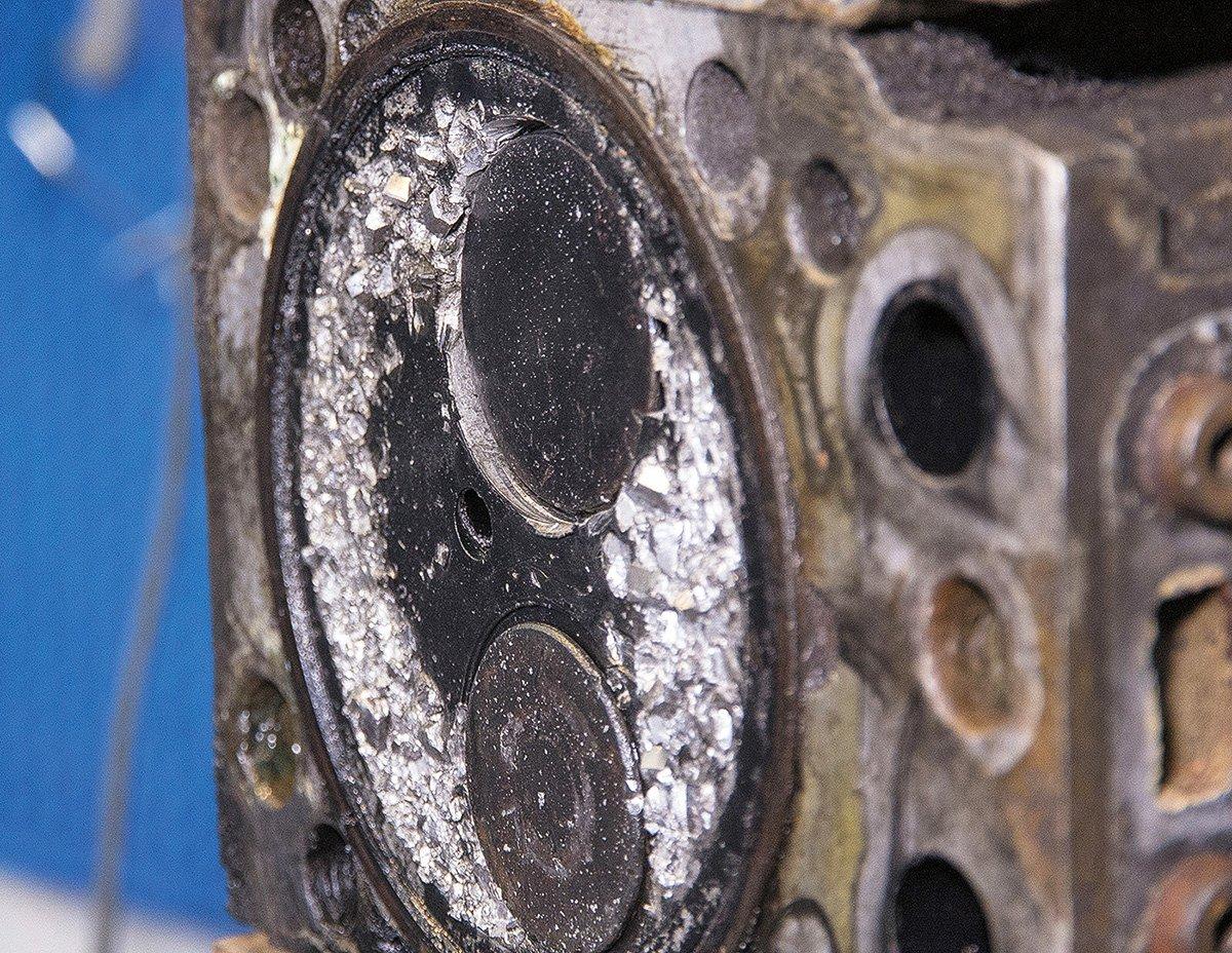 Убили мотор КАМАЗА: пример, как не нужно экономить на техобслуживании и запчастях