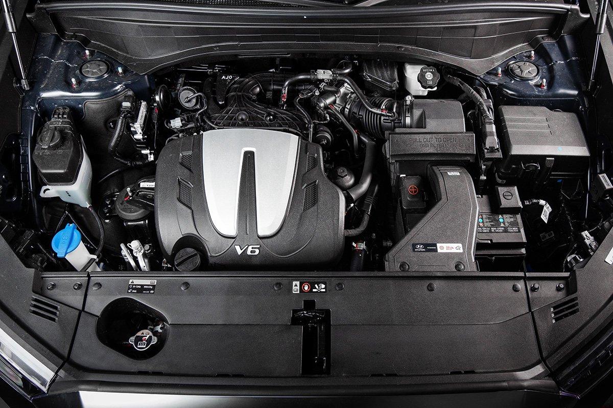 Проехал на Hyundai Palisade: он больше и дешевле Toyota LC 200, а расход 7 литров на сотню