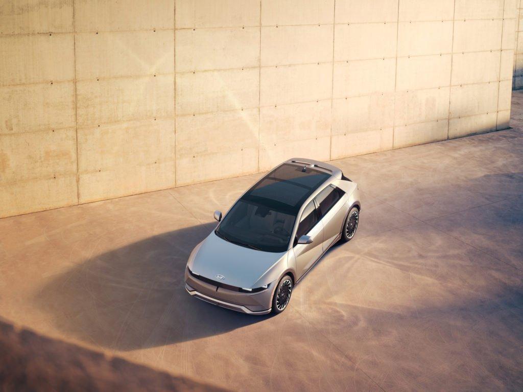 Hyundai представил инновационный электрокроссовер Ioniq 5
