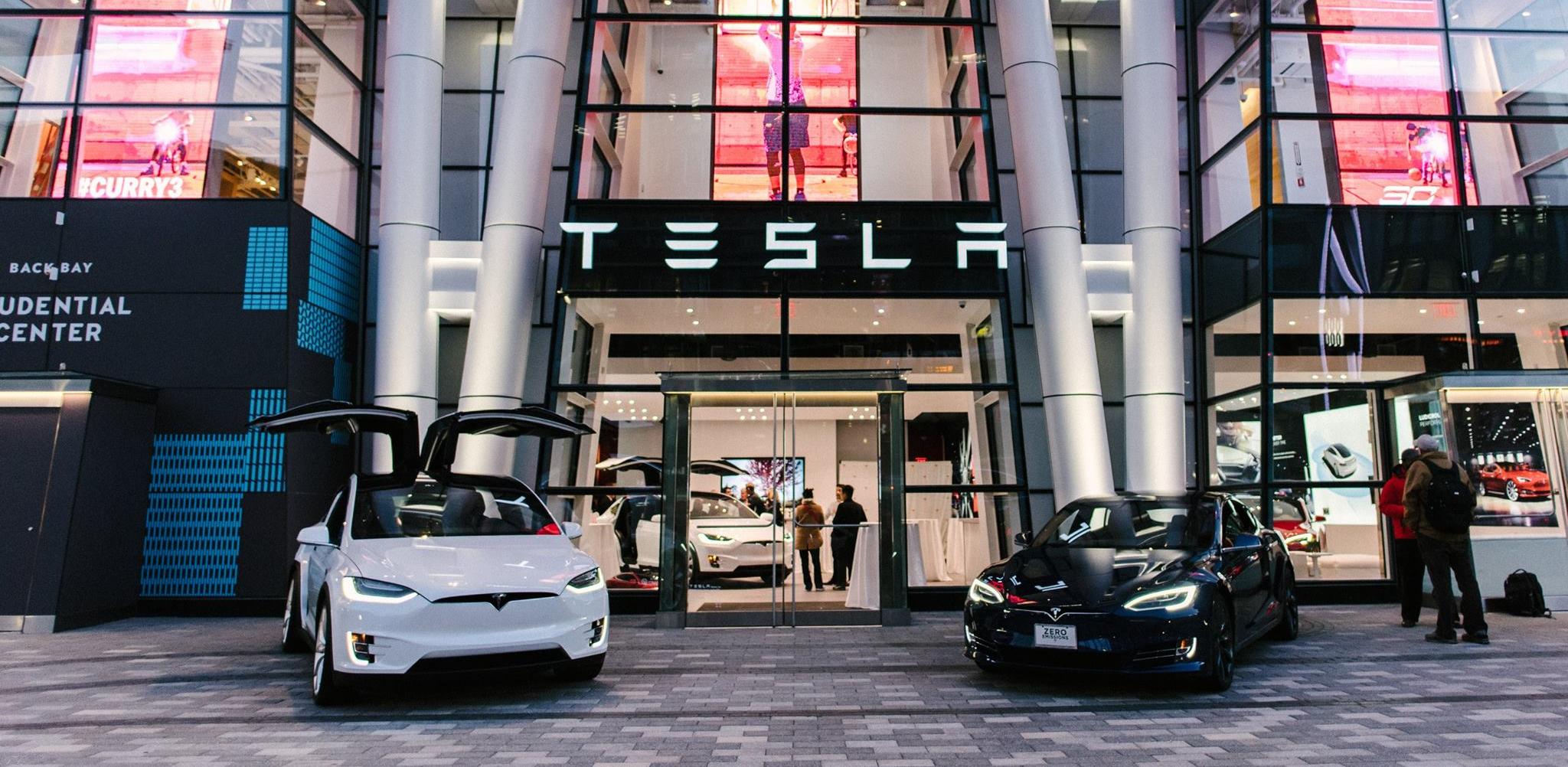 Электромобили Tesla можно будет приобрести за биткоин