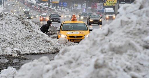 Агрегаторы такси считают многократное повышение цен оправданным