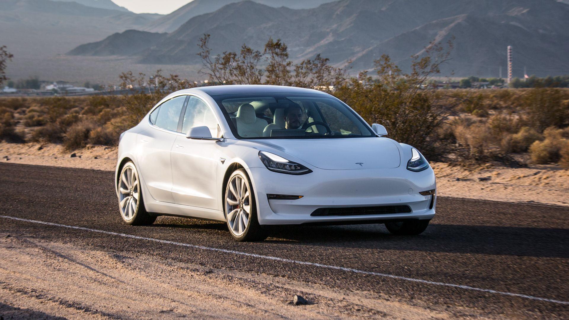 Бюджетную Tesla из Китая будут продавать по всему миру