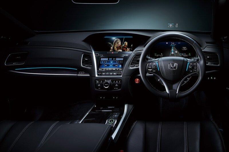 Honda запускает в продажу первый в мире автомобиль с системой автопилота третьего уровня