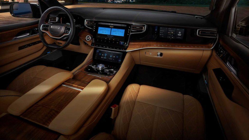 Jeep представил возрождённый внедорожник Grand Wagoneer