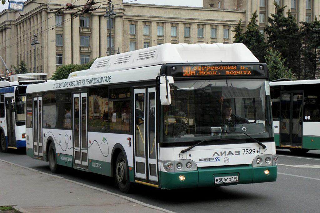 Общественный транспорт в Санкт-Петербурге переведут на природный газ