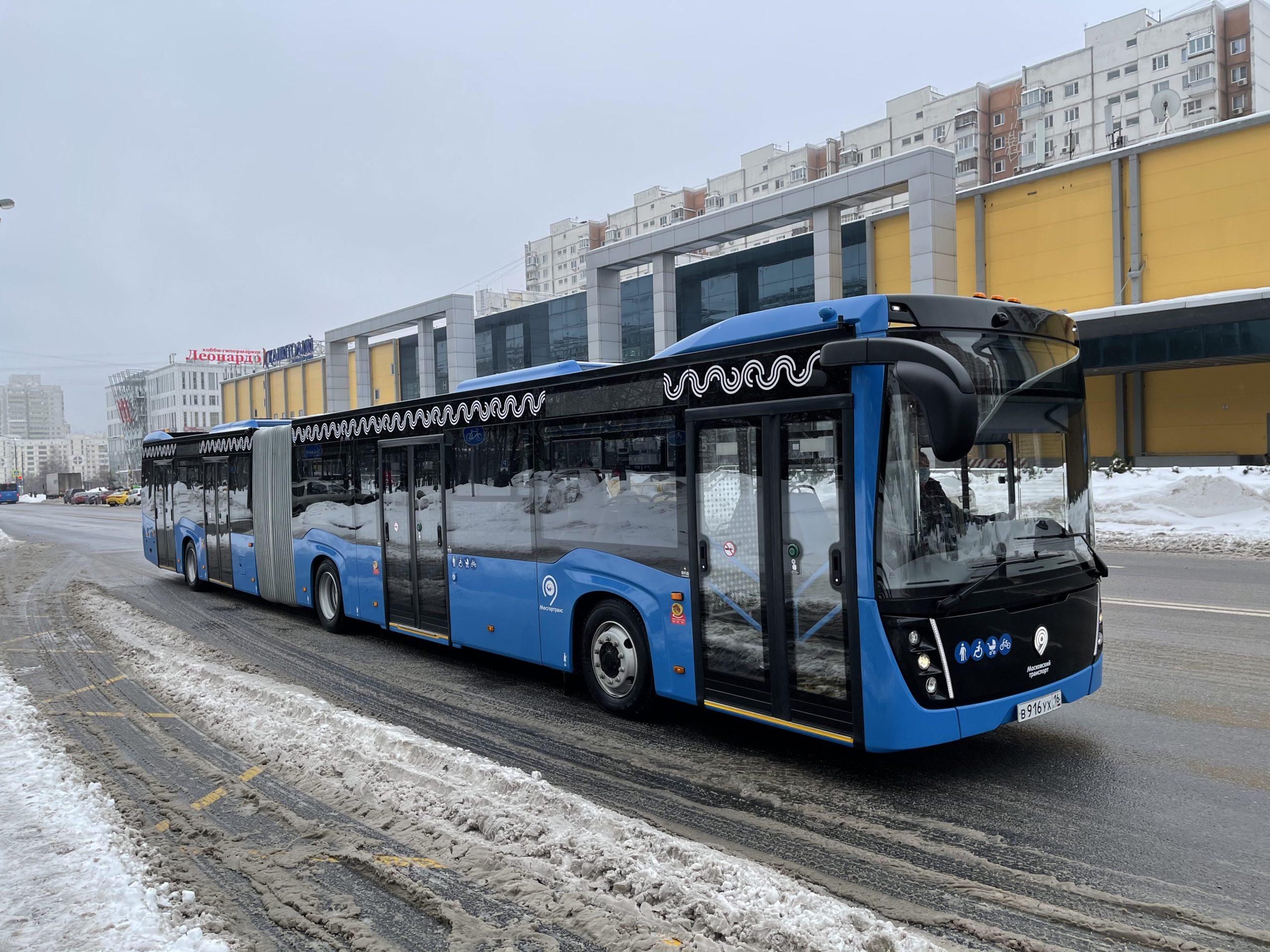 Сочленённый автобус КАМАЗ проходит испытания