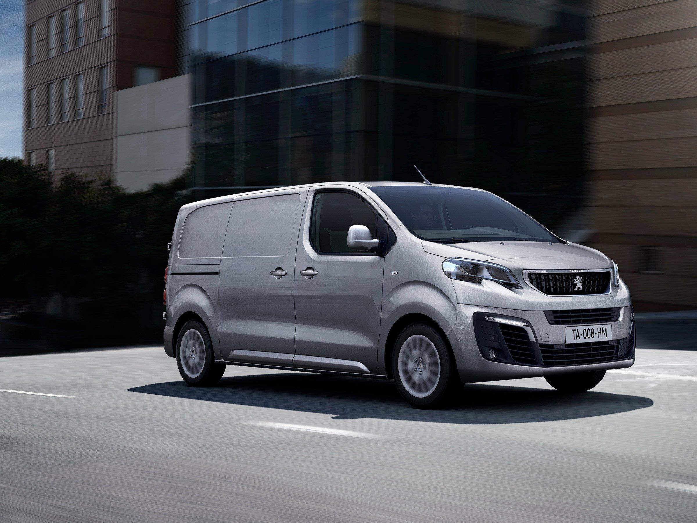 Peugeot Expert и Citroёn Jumpy «вооружили» автоматом