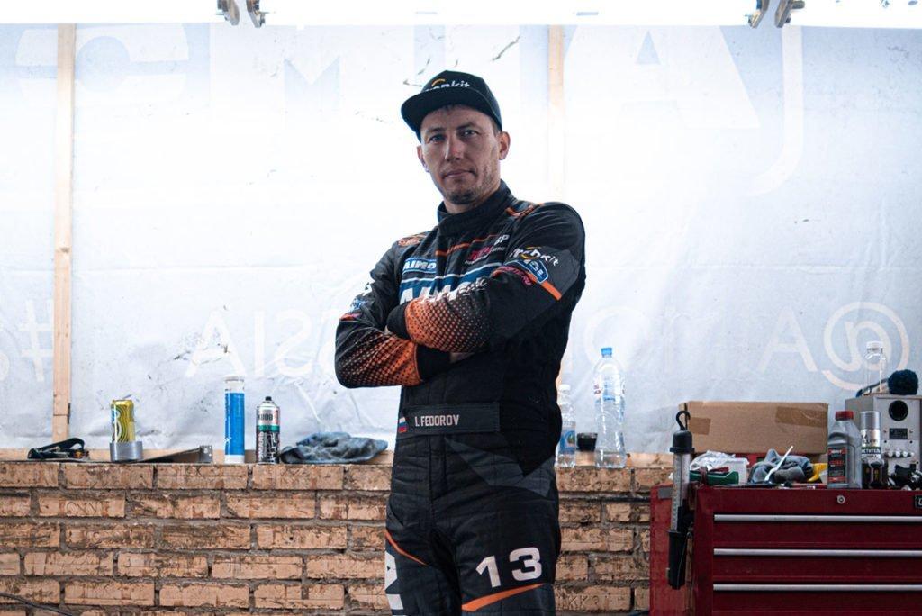 «Можно спокойно чиркать стены» – пилоты команды «Московский спорт» рассказали о своих автомобилях, итогах и целях в RDS GP