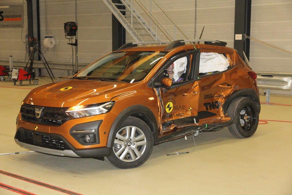 Dacia Sandero провалила краш-тесты EuroNCAP