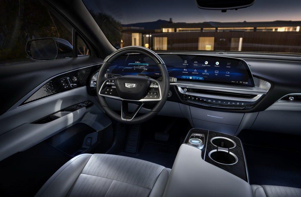 Cadillac представил серийный электрокроссовер Lyriq