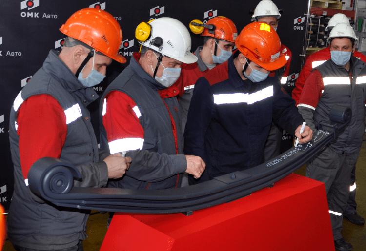 Чусовской металлургический завод выпустил 100-миллионную рессору
