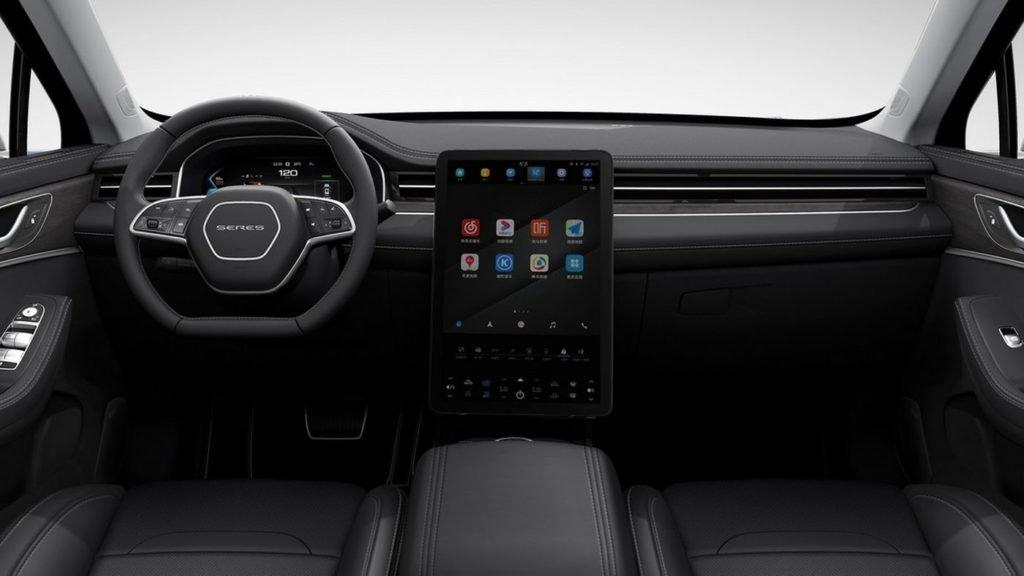 Huawei представил свой первый автомобиль (и это не электрокар)