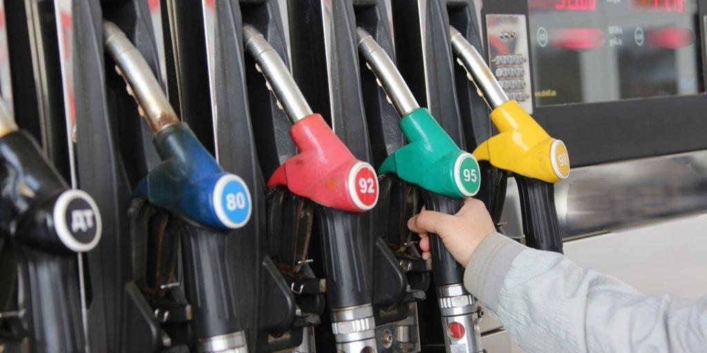 Правительство России продолжит сдерживать рост цен на топливо до 2035 года