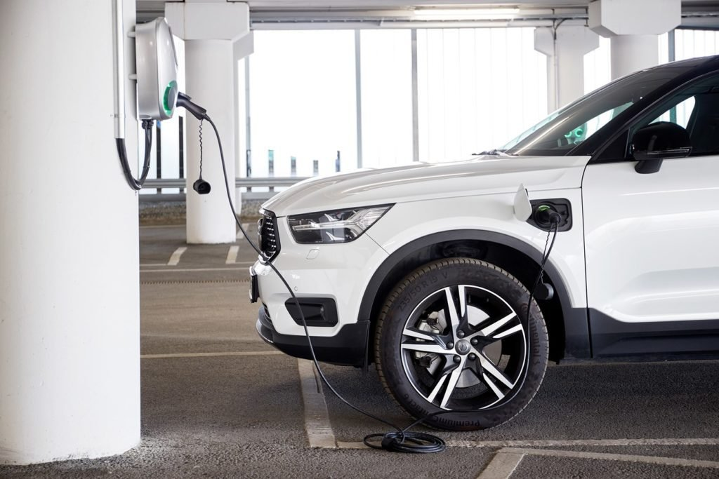 Как Volvo Cars планирует уменьшить выбросы и сэкономить на этом миллиарды